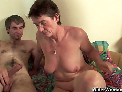 Highly sexed mom loves anal sex