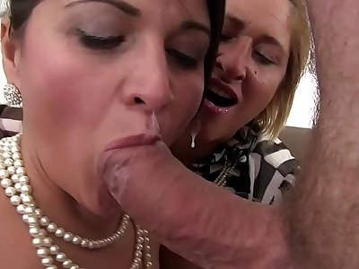Free version - Orgy in the family between sisters and the cousin who always has the cock ready